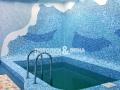 Глянцевый потолок в бассейне